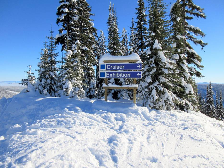 slope signs, snowboarding, snowboard iq, snowboard safety
